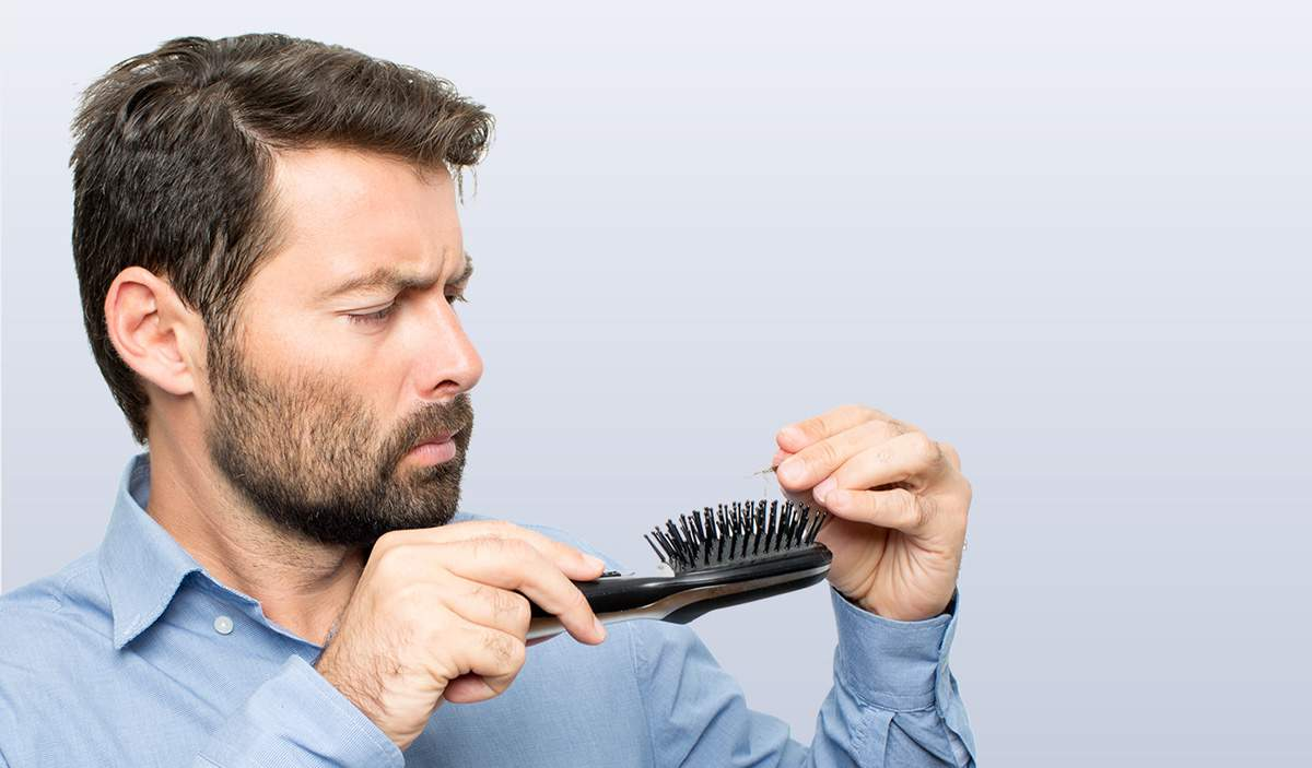 Saç Dökülmesi Nedir ve Nasıl Meydana Gelir
