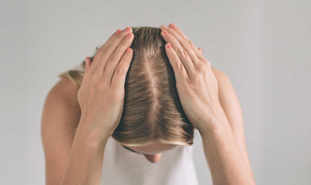 Kadınlarda Erkek Tipi Saç Dökülmesinin Nedenleri