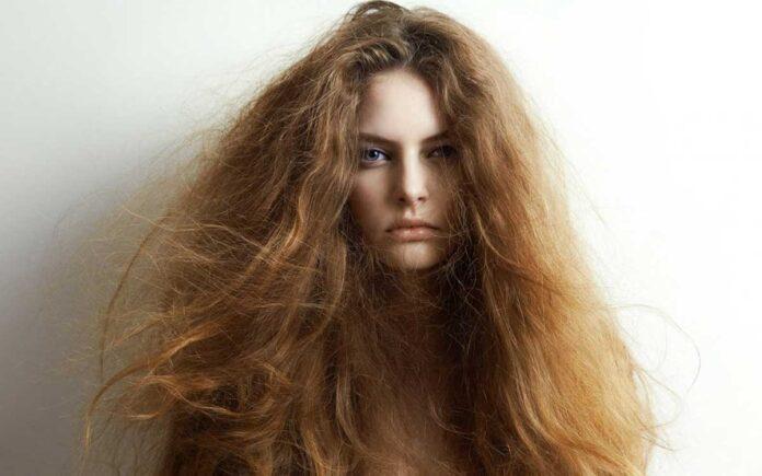 Hacimsiz Saçlara Nasıl Bakım Yapılmalı?
